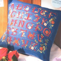схема вышивки подушка алфавит