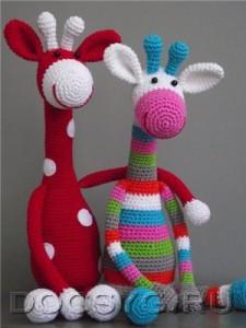 Вязанные жирафы