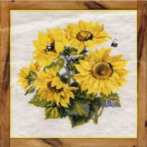 Схема вышивки Подсолнухи с пчелами
