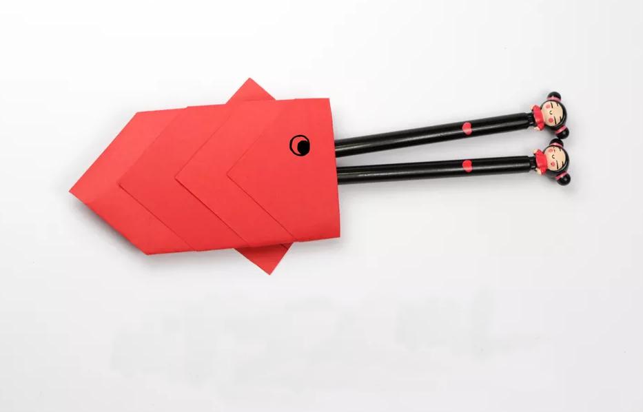 shema-origami-konvertik-dlya-karandashej-ili-stolovyh-priborov-1