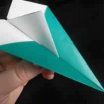 Схема оригами Бумажный самолетик с килем своими руками