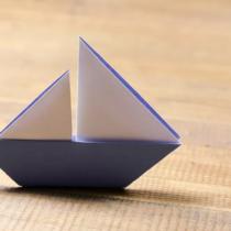 Схема оригами простой Кораблик-парусник из бумаги