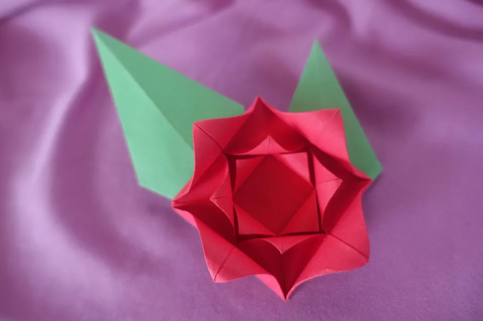 shema-origami-krasivaya-roza-1