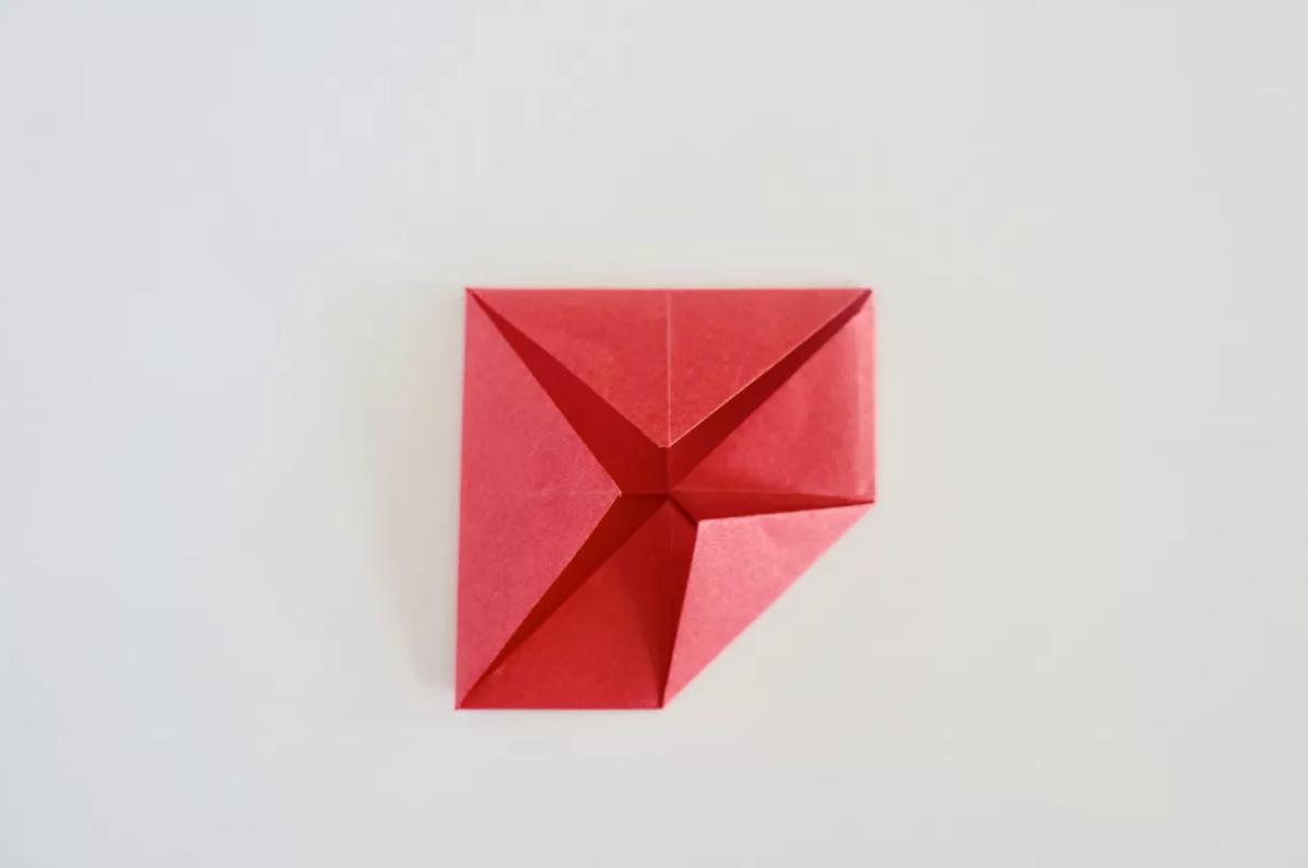 shema-origami-krasivaya-roza-11