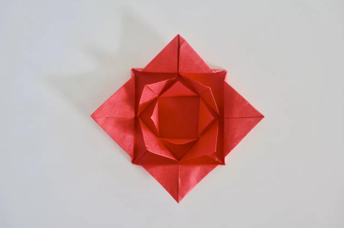 shema-origami-krasivaya-roza-18