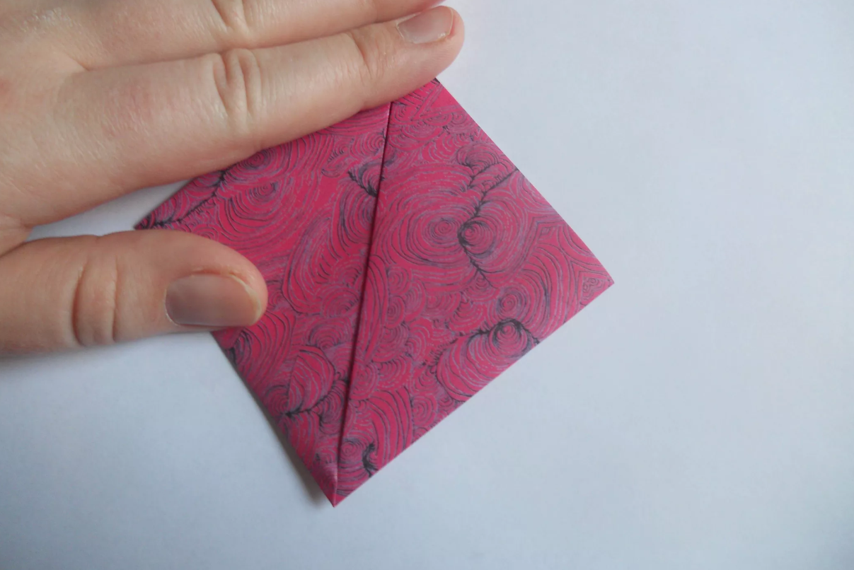 shema-origami-krasivyj-tsvetok-kusudama-3