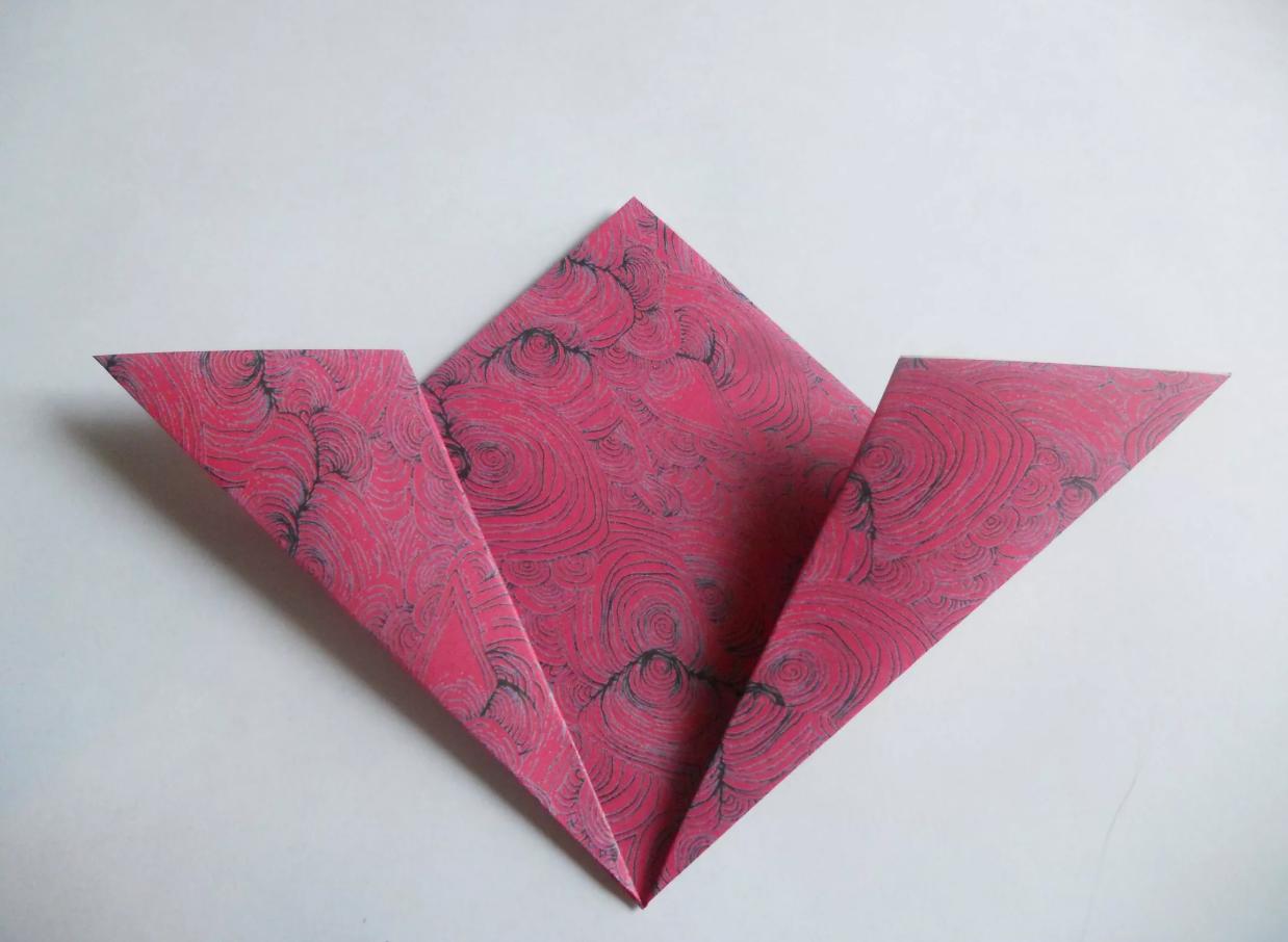 shema-origami-krasivyj-tsvetok-kusudama-4