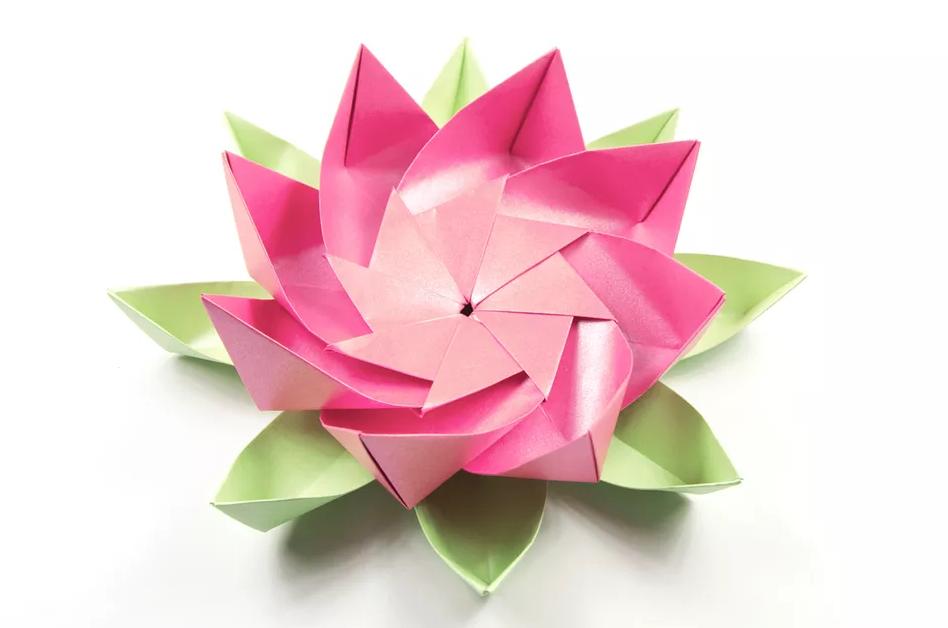 shema-origami-tsvetok-lotosa-s-listyami-1