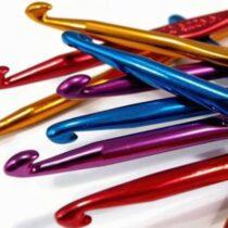Как правильно выбрать крючок для вязания: способы выбора крючка