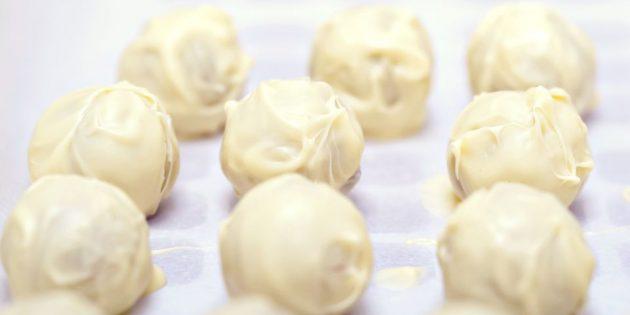 white-chocolate-truffles_1518000901-e1518000919263-630x315